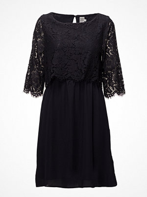 Saint Tropez Party Dress W Lace