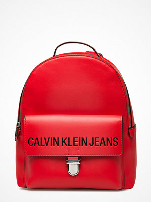 Calvin Klein röd ryggsäck Sculpted Cp Backpack 30
