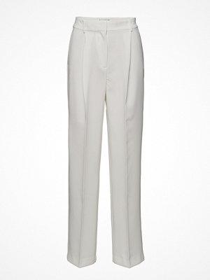 Mango byxor Pleat Detail Trousers
