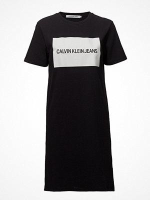 Calvin Klein Jeans Institutional Box Logo T-Shirt Dress