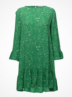 nué notes Omak Dress