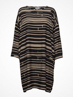 Masai Noa Dress