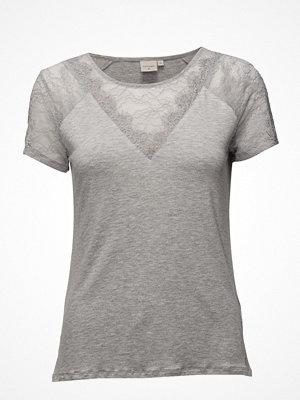 Cream Saseline T-Shirt