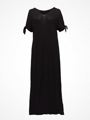Violeta by Mango Off-Shoulders Dress