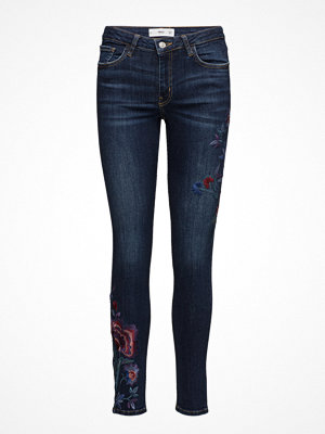Mango Floral Embroidery Jeans