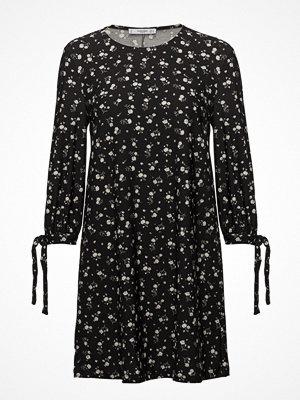 Mango Sleeve Knotted Dress
