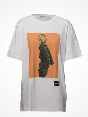 Calvin Klein Jeans Graphic Boyfriend Fit Tee