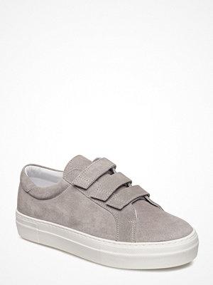 J. Lindeberg Velcro Sneaker Italian Suede