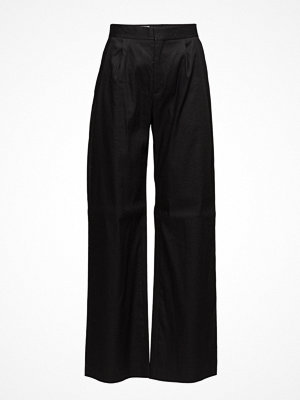 Filippa K svarta byxor Katie Pleated Trousers