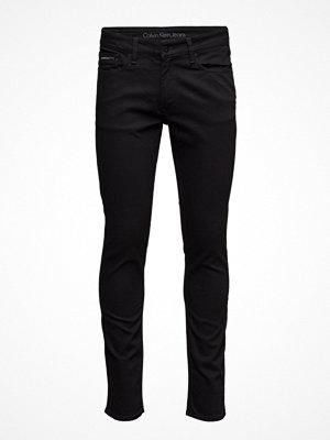 Calvin Klein Jeans Slim Straight