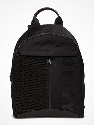 DKNY Bags svart ryggsäck Jadyn Med Backpack