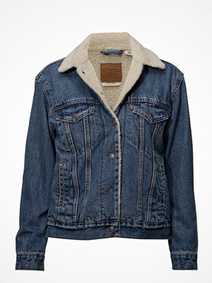 Levi's Exbf Sherpa Trucker Addicted T