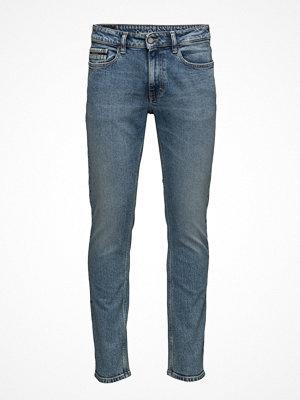 Calvin Klein Jeans Slim Straight -Isola
