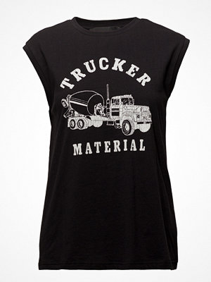 Designers Remix Travis Muscle Trucker