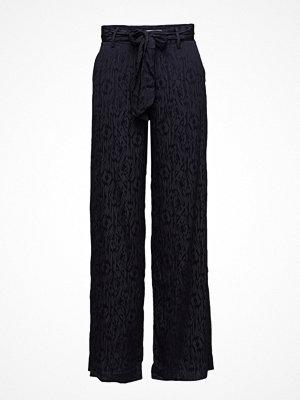 Gestuz svarta mönstrade byxor Cete Pants Ms18