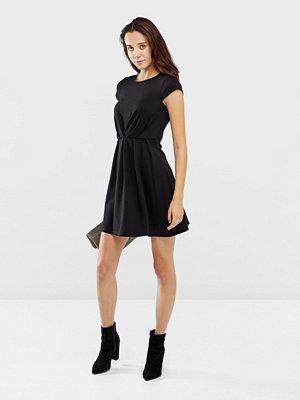 Only Stine klänning