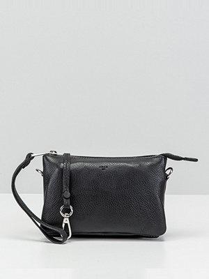 Adax svart kuvertväska Clutch 12 × 19 × 3 cm.