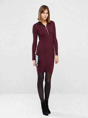 Minimum Rilla klänning