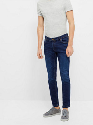 Solid Joy jeans