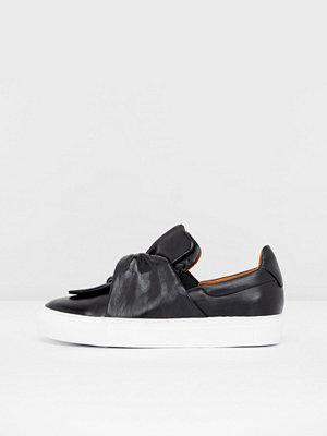 Pavement Ava Loop Sneakers