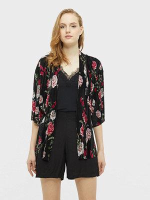 Only Aisha kimono