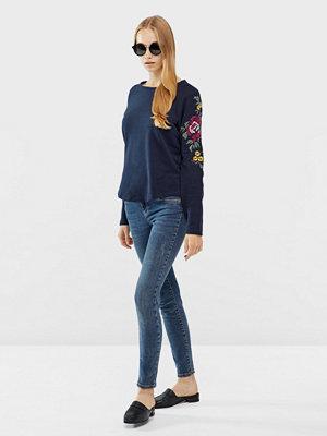 Only Darma sweatshirt