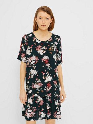Only Casa klänning