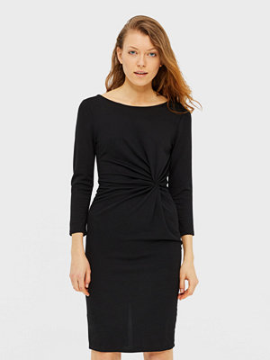 Only Lona klänning