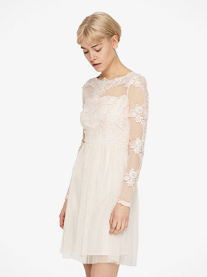 Vila Georgious klänning