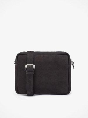Whyred svart axelväska Jenny väska