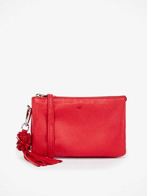 Adax röd kuvertväska Clutch 12 × 19 × 3 cm.