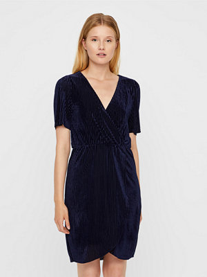 Vero Moda Mella Velvet klänning