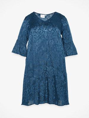 Junarose Saliraz klänning