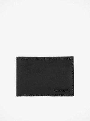 Royal Republiq Nano plånbok 8 × 11 × 2 cm.