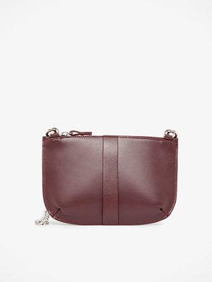 Whyred Ona Mini Loop handväska 13 x 20 x 1 cm.