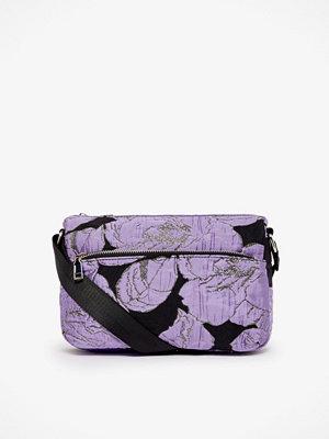 hvisk axelväska Terra väska 19 x 25 x 7 cm.