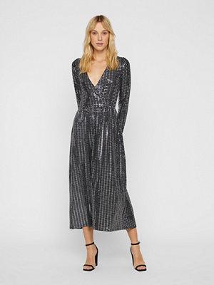 Only Rebecca Glitt klänning