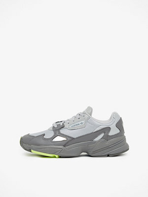 Sneakers & streetskor - Adidas Originals Falcon sneakers