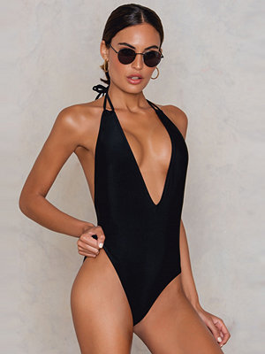 NA-KD Swimwear Halterneck Plunge Swimsuit svart