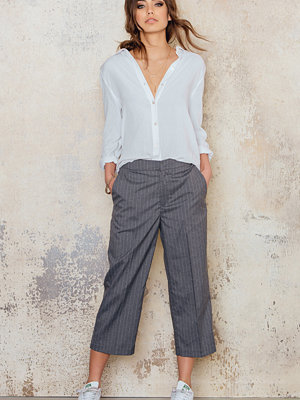 NA-KD Trend Pinstriped Culotte Pants
