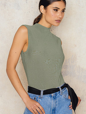 Toppar - NA-KD Trend Highneck Pleated Top