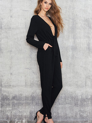 NA-KD Party Knot Jumpsuit