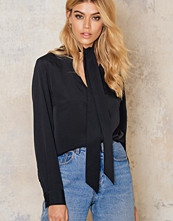Blusar - NA-KD Trend Tie Neck Blouse