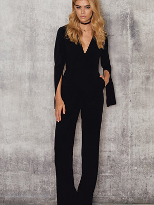 Jumpsuits & playsuits - NA-KD Party Open Sleeve Deep Neck Jumpsuit