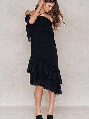 Tranloev Asymmetric Frill Dress - Festklänningar