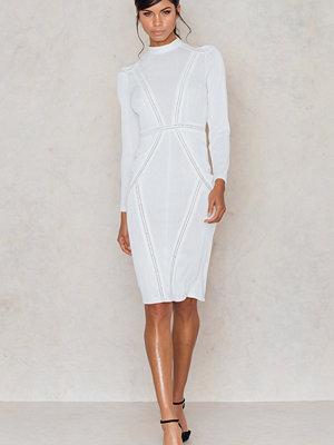 Aéryne x NA-KD Kiwa Dress