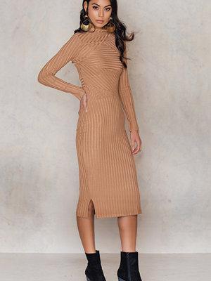 Aéryne Paris Lean Dress