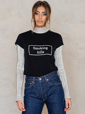 NA-KD Trend Smoking Kills Tee