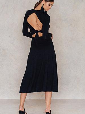 NA-KD Trend Tie Back Jersey Dress