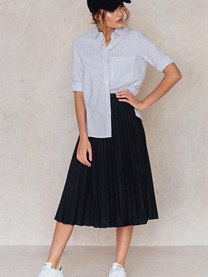 Kjolar - Glamorous Pleated Midi Skirt